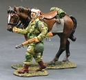 DD072 Paratrooper with Walking Horse RETIRED