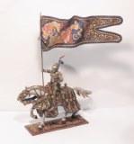 PB412.3 Chevalier de L'Empereur Maximilien en Armure de Cérémonie, Holding Flag