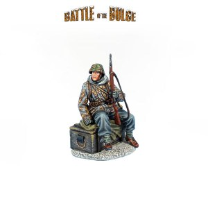 BB029 German Waffen SS Panzer Grenadier Seated on Crate with K98