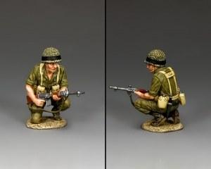 IDF013 Crouching Para
