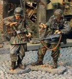 CS00267 Germans reloading