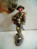 DD108 Figurine Single RETIRE