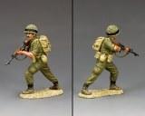 IDF005 Para Rifleman Advancing