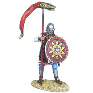 ROM237 Late Roman Standard Bearer PRE ORDER